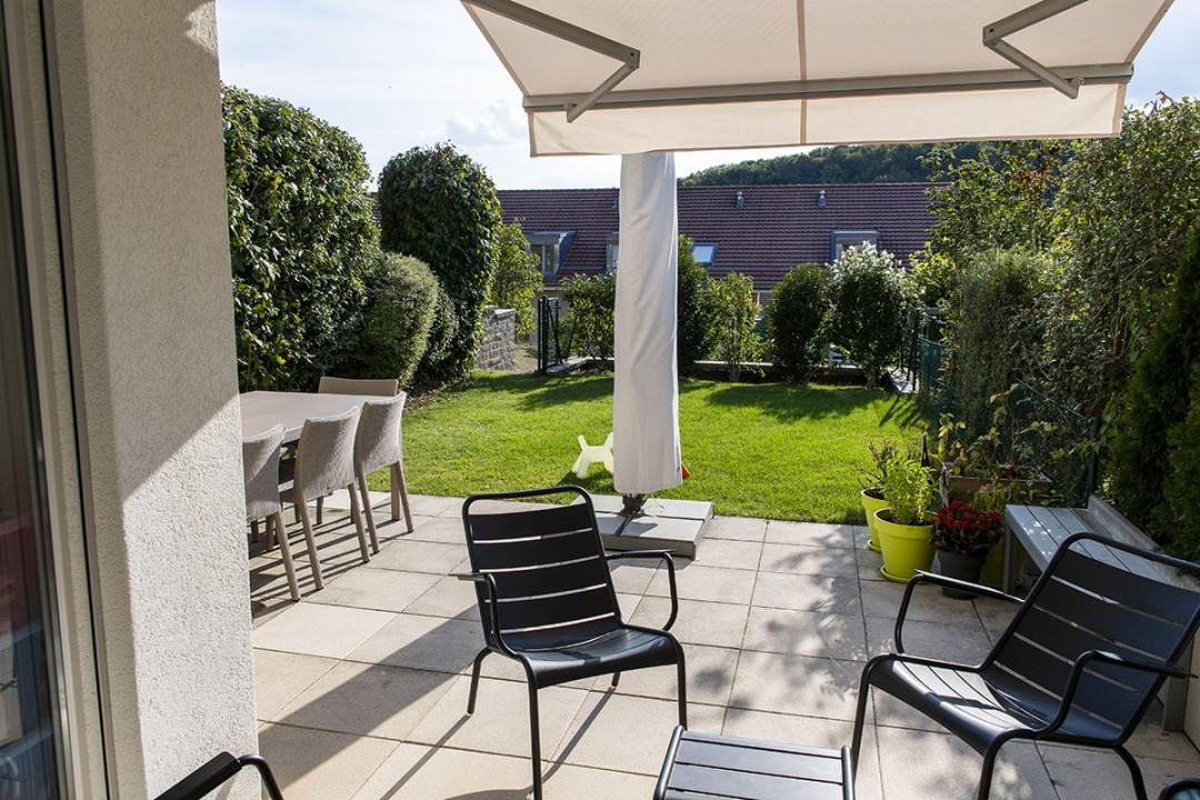 VENDU! Sublime duplex traversant avec jardin, patio, balcon. - 5