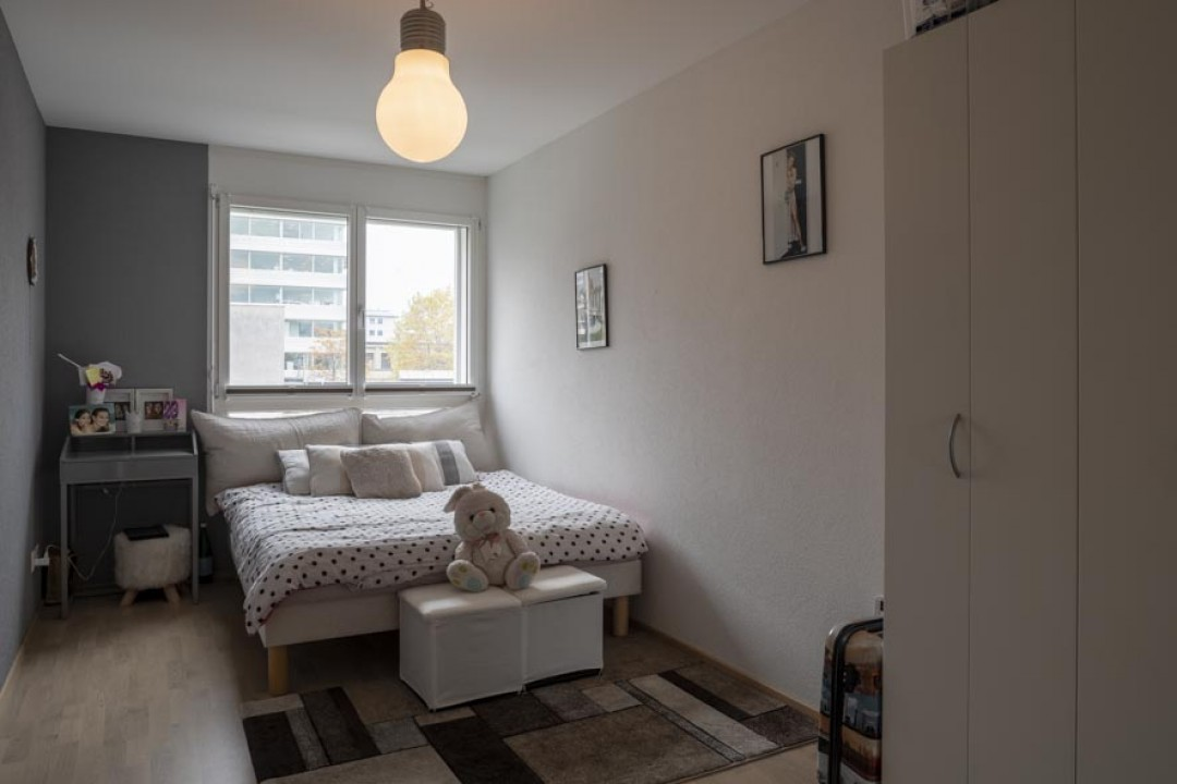 VENDU! Appartement baigné de lumière - splendide loggia sud - 6