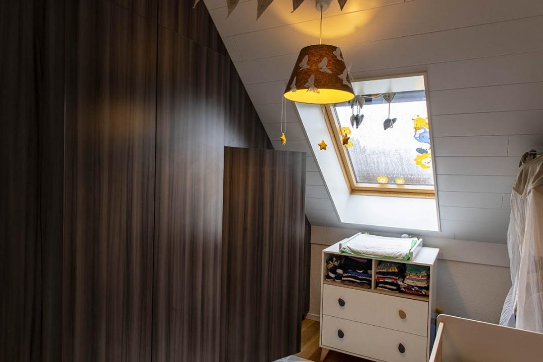 VENDU! Très beau duplex sous les combles avec balcon - 13