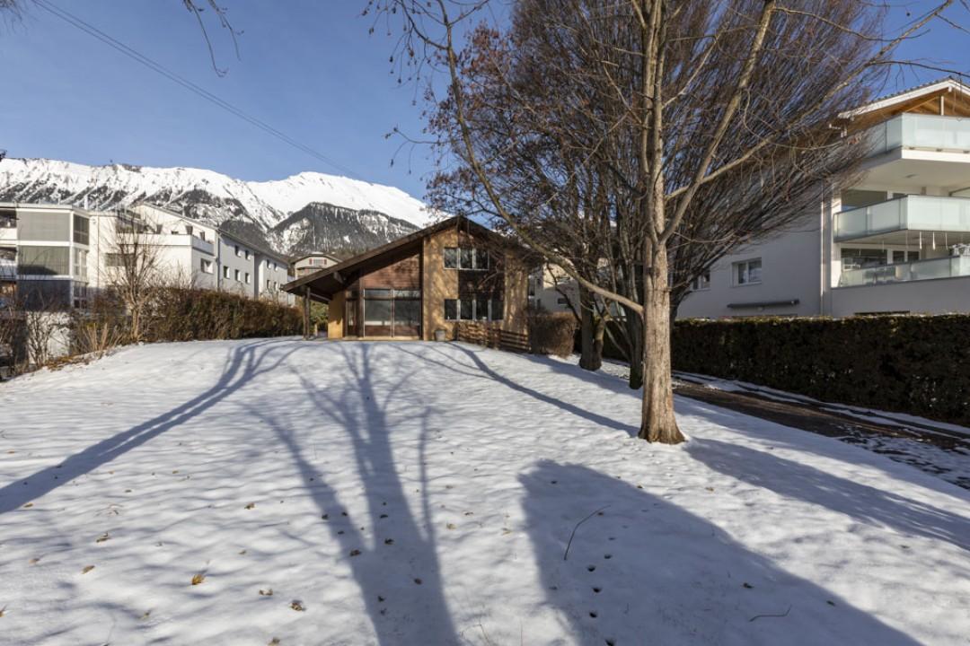 Belle demeure entourée d'un exceptionnel jardin de 1350 m2 - 1