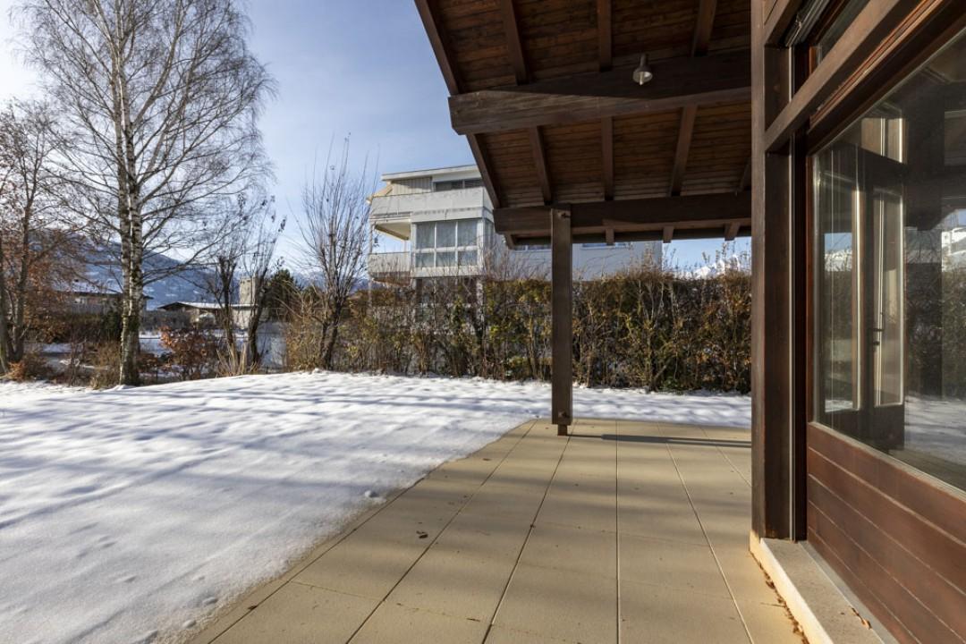 Belle demeure entourée d'un exceptionnel jardin de 1350 m2 - 11