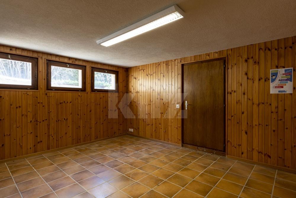 Grosszügiges Einfamilienhaus umgeben von einem 1350 m2 gross - 11