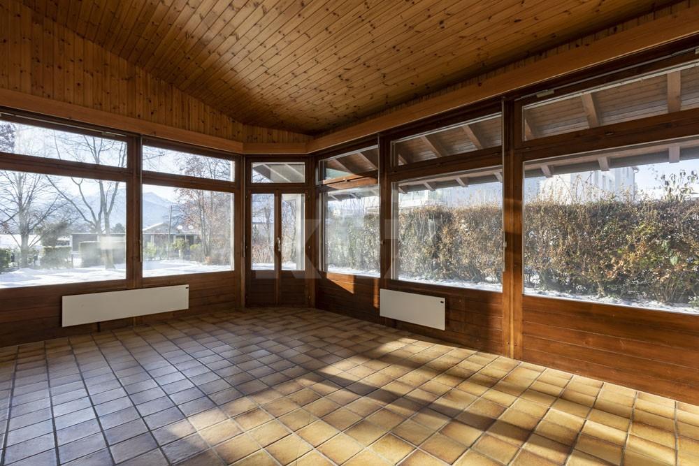 Grosszügiges Einfamilienhaus umgeben von einem 1350 m2 gross - 6