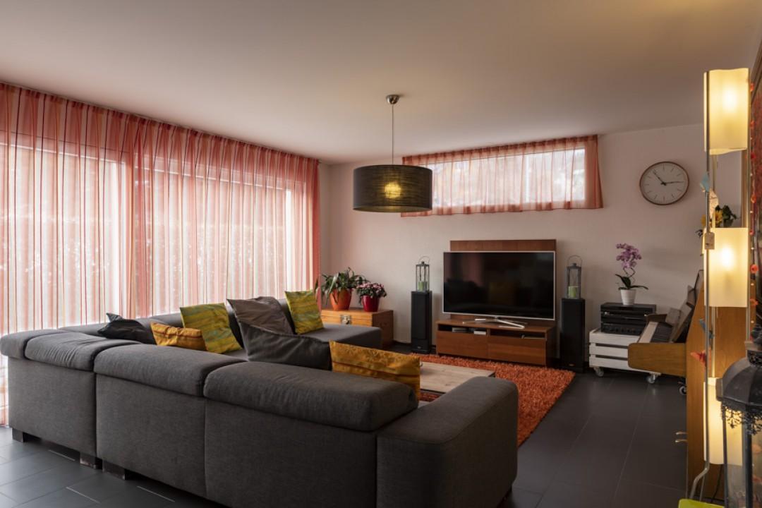 Wunderschönes Einfamilienhaus mit grossem Garten von 650 m2 - 8