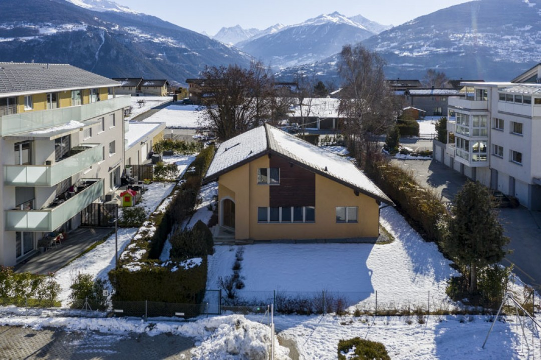 Belle demeure entourée d'un exceptionnel jardin de 1350 m2 - 2
