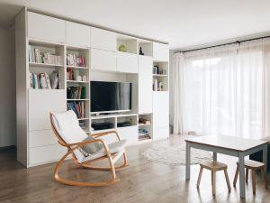 Maison contiguë d'architecte avec agréable cadre de vie