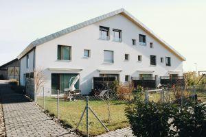 Architekten-Doppelhaus in tollem Wohngebiet