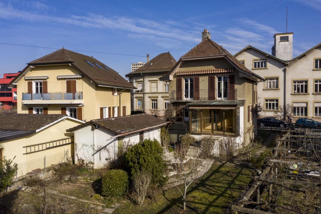 Einfamilienhaus mit viel Potenzial und grossem Garten - 1