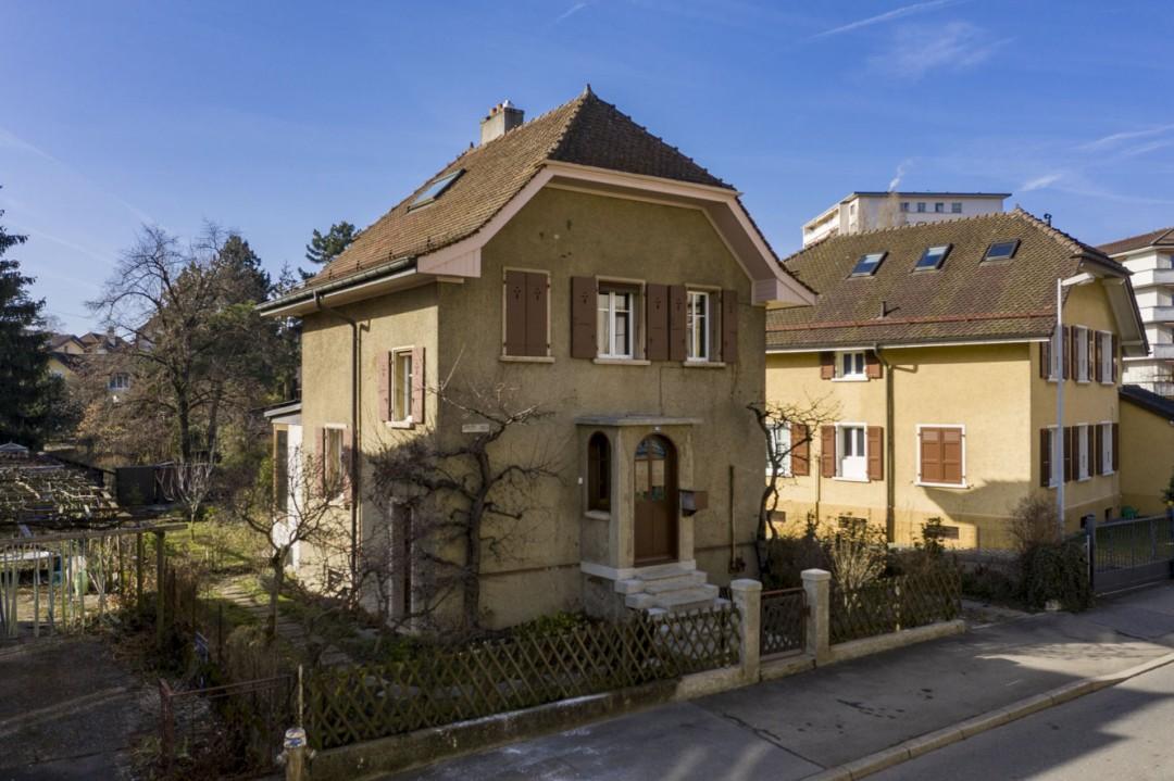 Einfamilienhaus mit viel Potenzial und grossem Garten - 9
