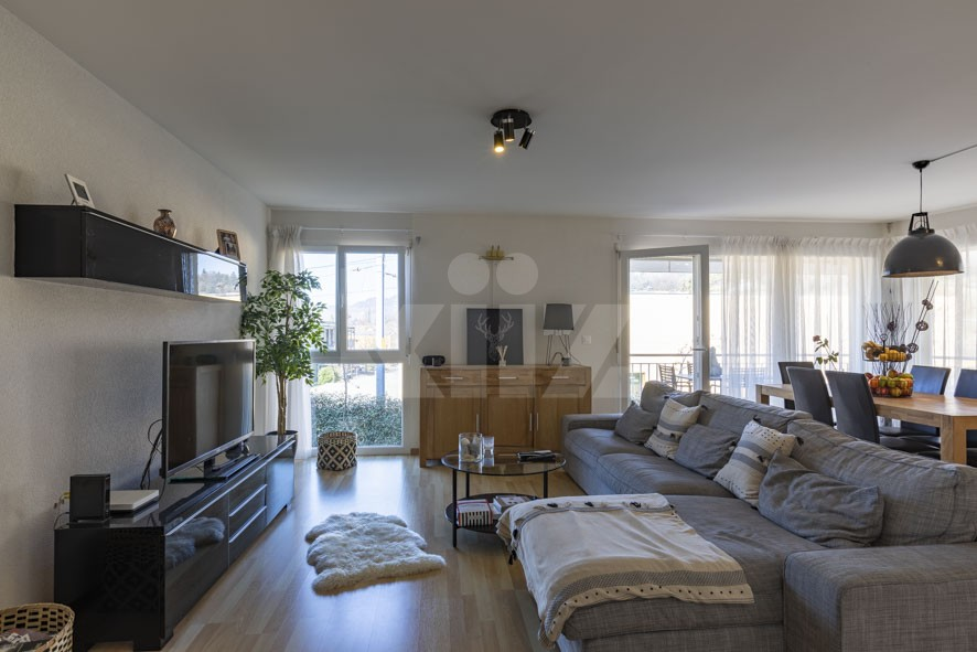 VENDU! Très bel appartement traversant avec grande terrasse - 4