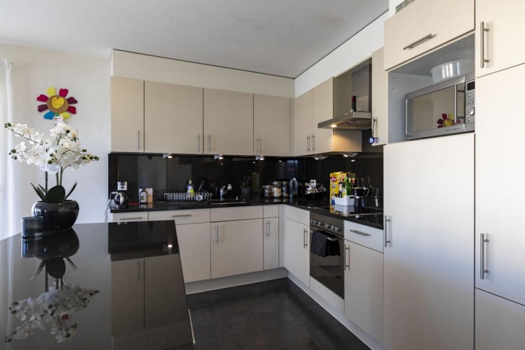 Très bel appartement traversant avec grande terrasse - 3