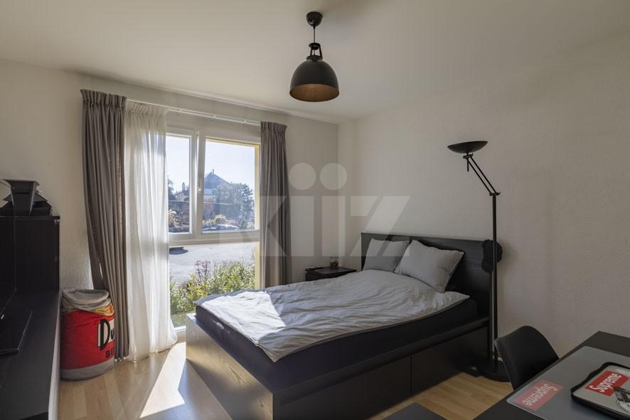 Sehr schöne helle Wohnung mit grossem Balkon - 8