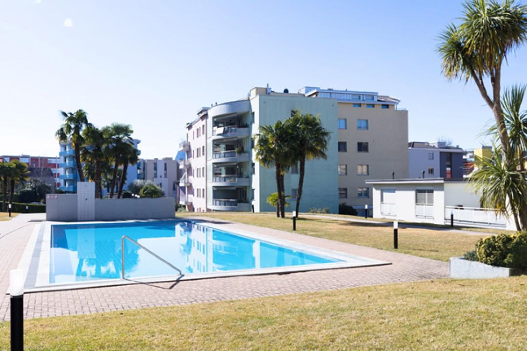 Belle villa d'angle dans résidence de prestige - 2