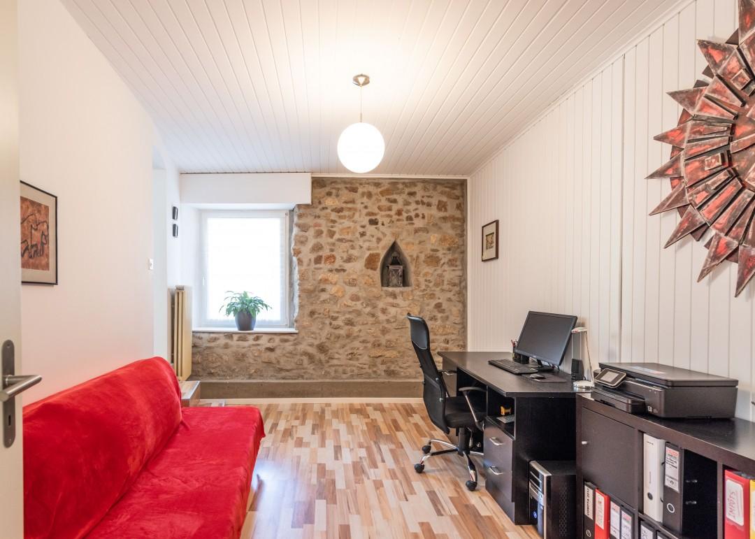 Charmantes kleines Wohn- und Geschäftshaus - 3