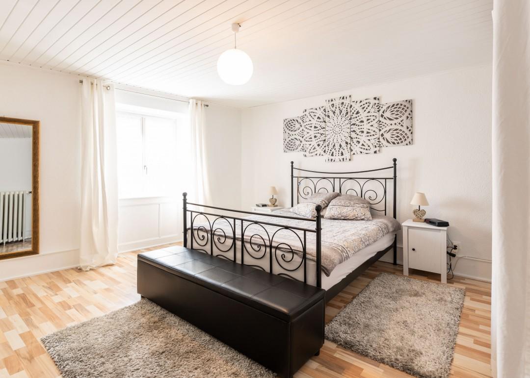 Charmantes kleines Wohn- und Geschäftshaus - 4