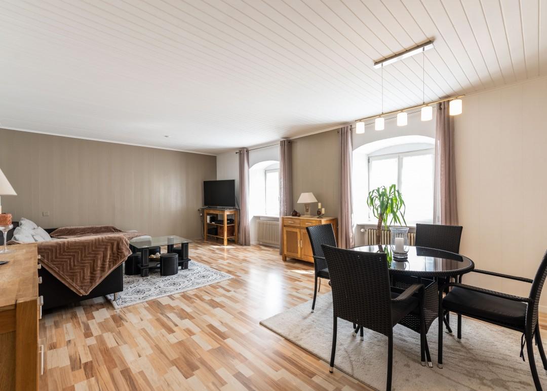 Charmantes kleines Wohn- und Geschäftshaus - 2