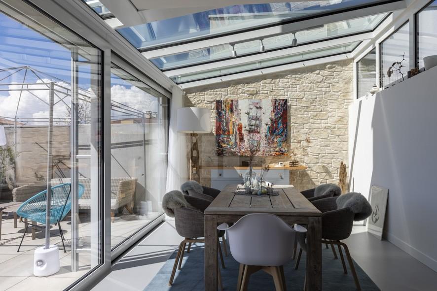 VENDU! Merveilleuse villa mitoyenne, finitions haut de gamme - 4