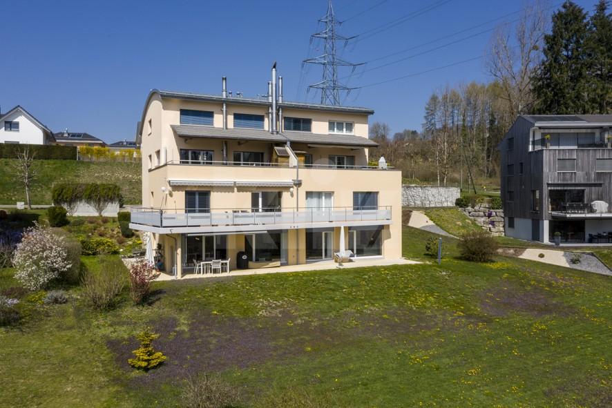 VENDU! Bel appartement contemporain avec jardin de 350 m2 - 11