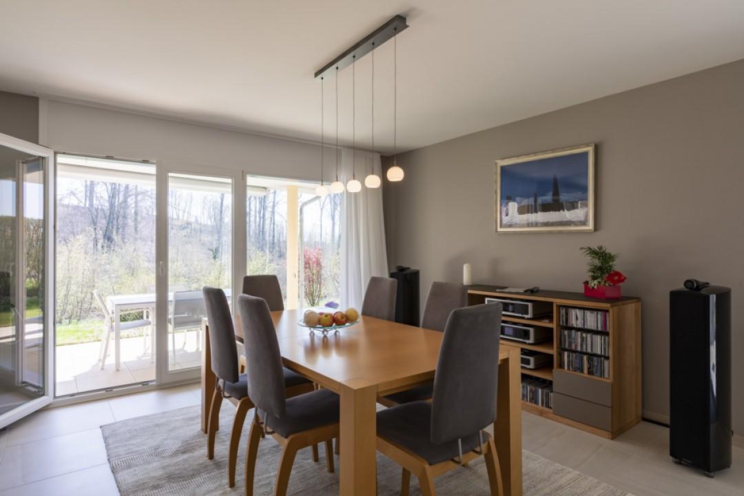 Très bel appartement contemporain avec jardin de 350 m2 - 3