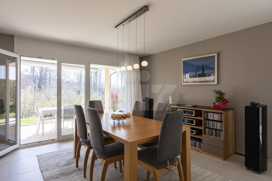 VENDU! Bel appartement contemporain avec jardin de 350 m2 - 3
