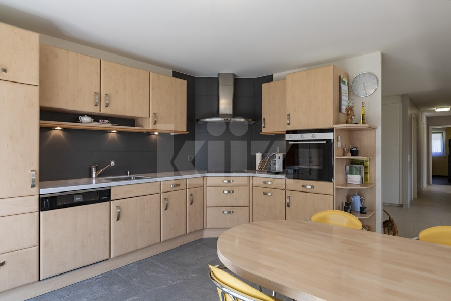 VENDU! Bel appartement contemporain avec jardin de 350 m2 - 4