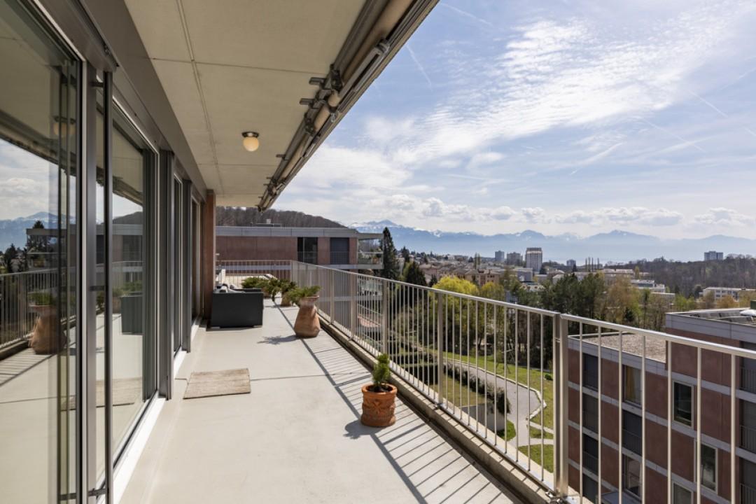 Splendide appartement en attique avec belle terrasse de 70m2 - 12