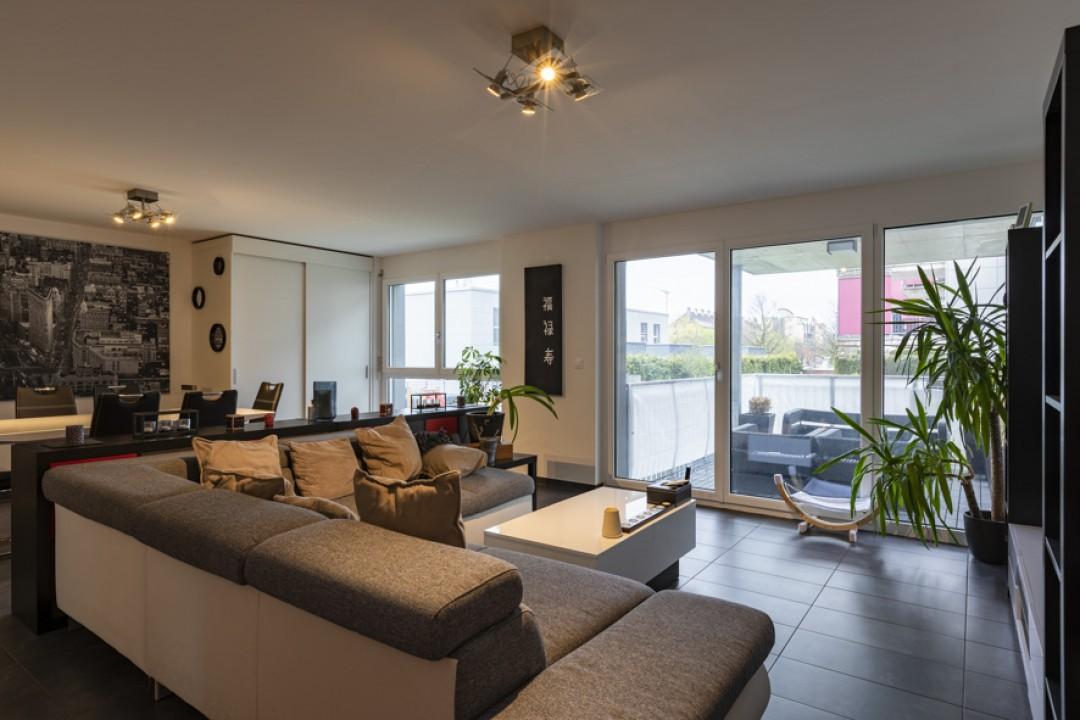 Moderne Wohnung mit optimalen Balkonflächen  - 1