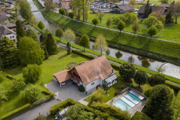 Splendide villa soigneusement rénovée avec goût