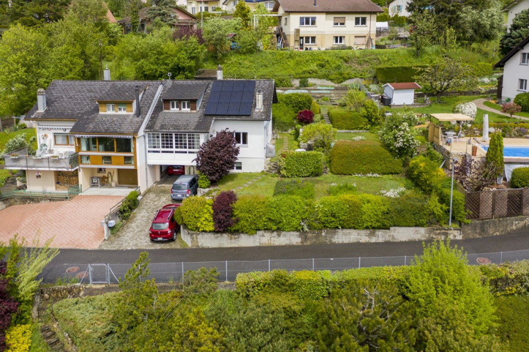 Charmante villa mitoyenne avec agréable jardin - 12