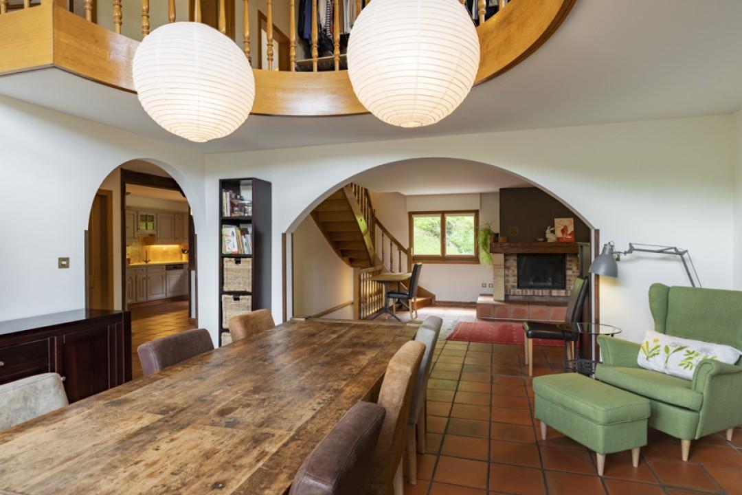 Haus mit Charakter in einer grünen Umgebung - 4