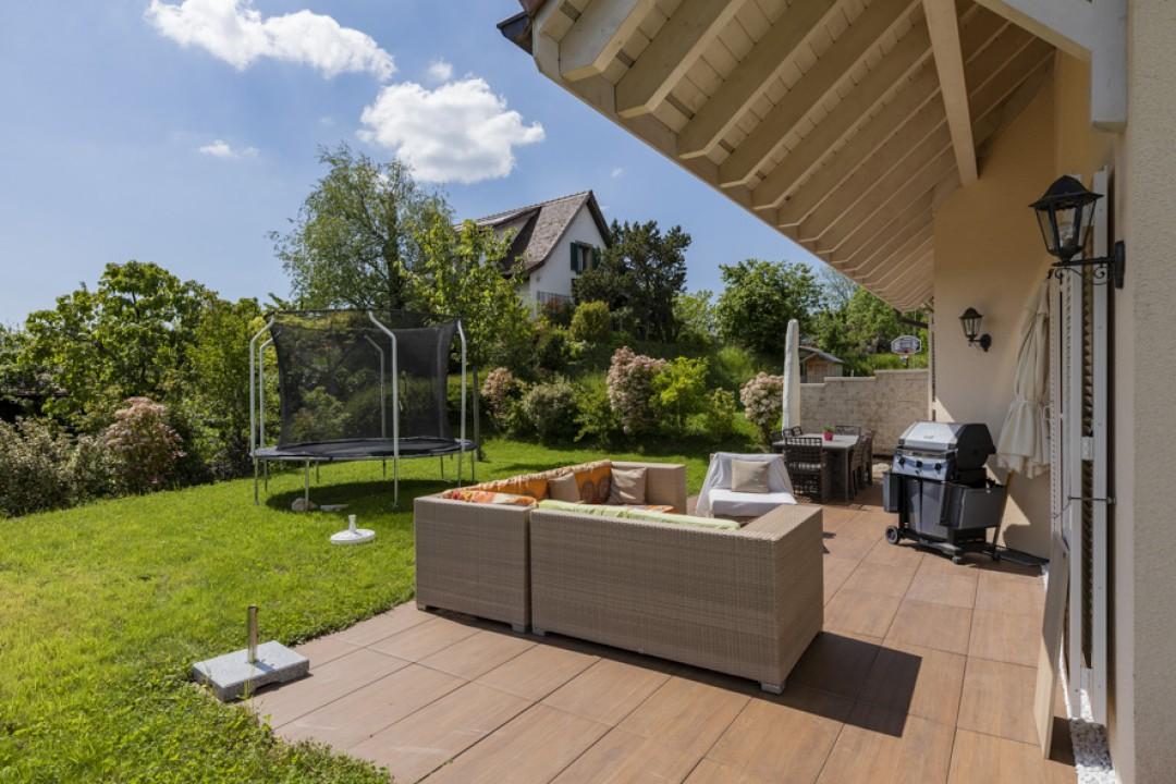 Sehr schöne neue Doppelhaushälfte mit tollem Garten - 2