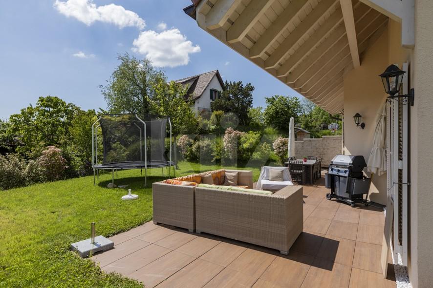 Très belle villa mitoyenne récente avec agréable jardin - 2