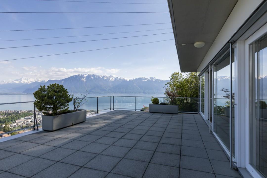 Vue spectaculaire sur le lac Léman et les Alpes! - 9