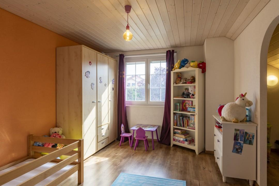 Schönes freistehendes Einfamilienhaus mit Garten - 7