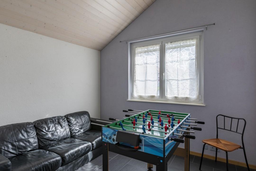 Schönes freistehendes Einfamilienhaus mit Garten - 8