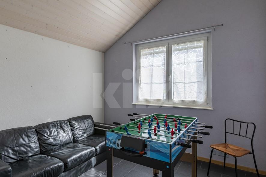 Schönes freistehendes Einfamilienhaus mit Garten - 9