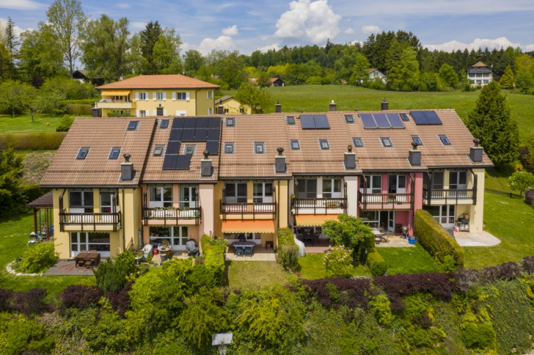 Jolie villa contiguë avec jardin - 13