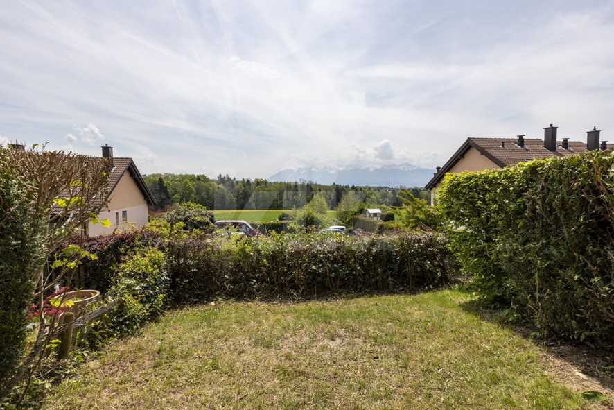 Vendu! Jolie villa contiguë avec jardin - 12
