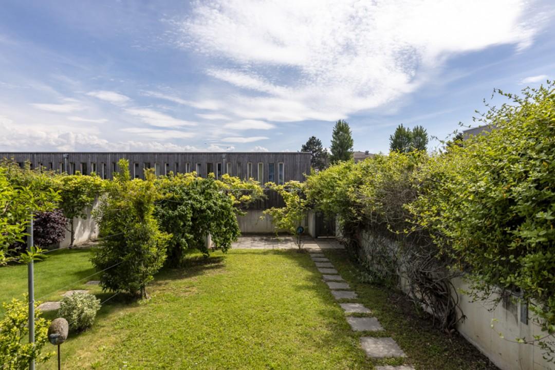 Très belle villa contiguë à l'architecture contemporaine - 11