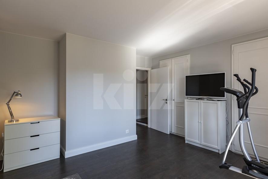 VENDU! Splendide appartement entièrement rénové avec goût - 11
