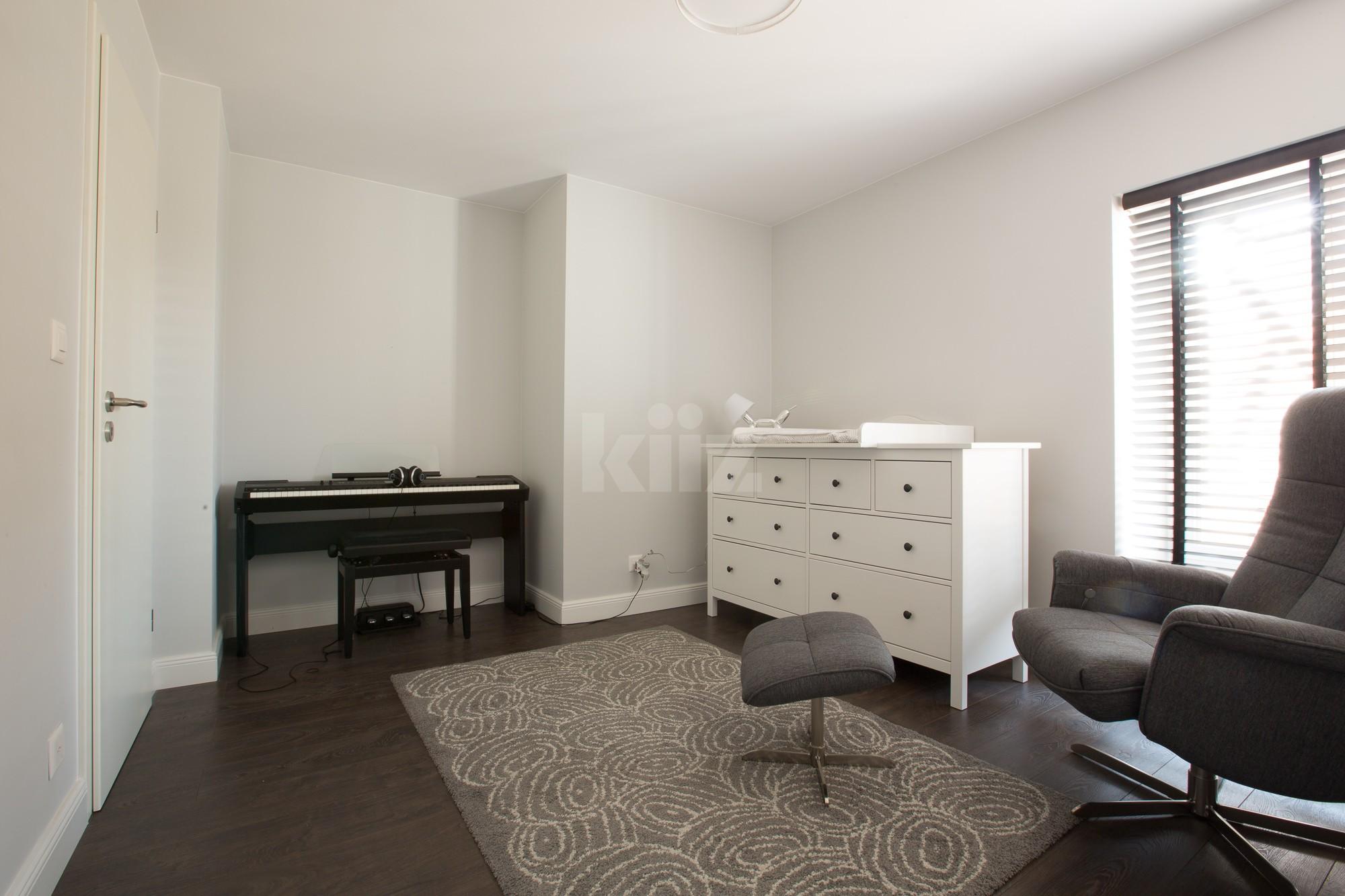 VENDU! Splendide appartement entièrement rénové avec goût - 9