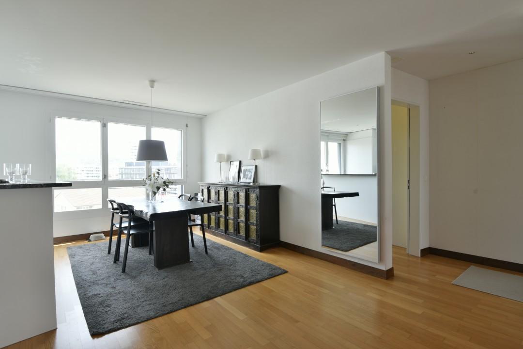 VERKAUFT! Modernes und grosszügiges Appartement - 5