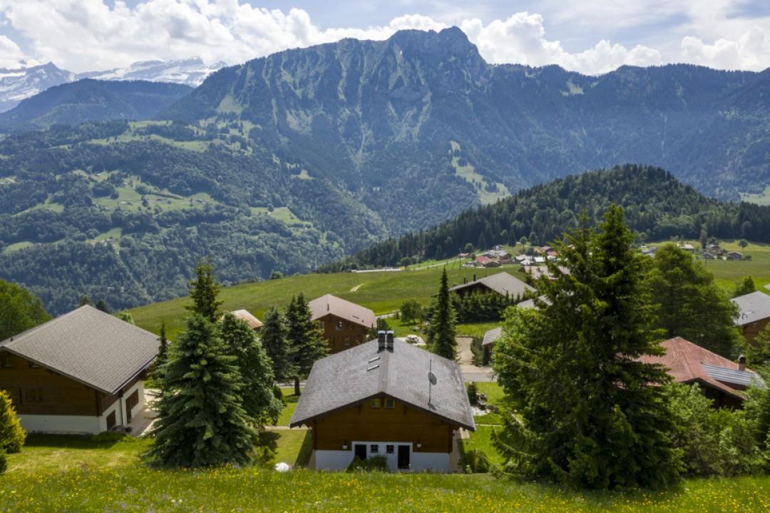 Perfekt gepflegtes Doppelhaus Chalet  - 12