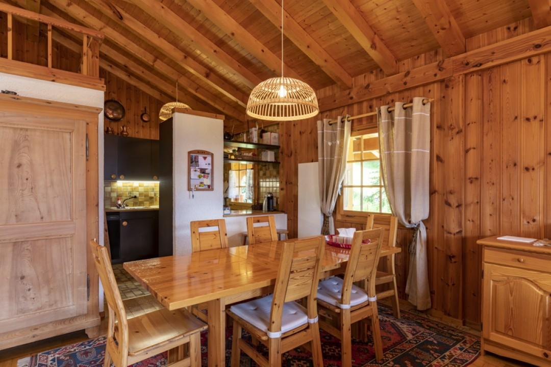 Perfekt gepflegtes Doppelhaus Chalet  - 9