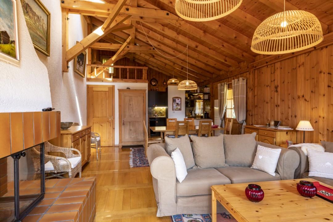 Perfekt gepflegtes Doppelhaus Chalet  - 4