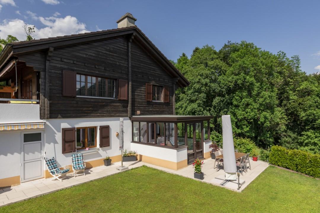 Sehr schöne Wohnung mit großer Terrasse und hübschem Garten  - 13