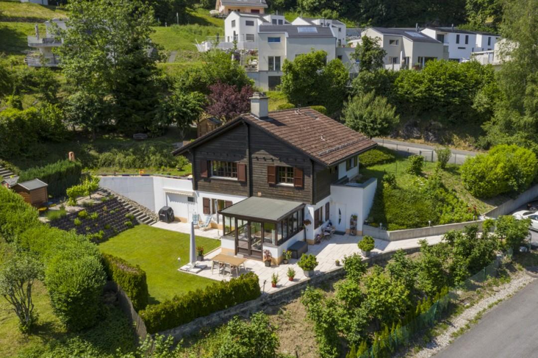 Sehr schöne Wohnung mit großer Terrasse und hübschem Garten  - 1