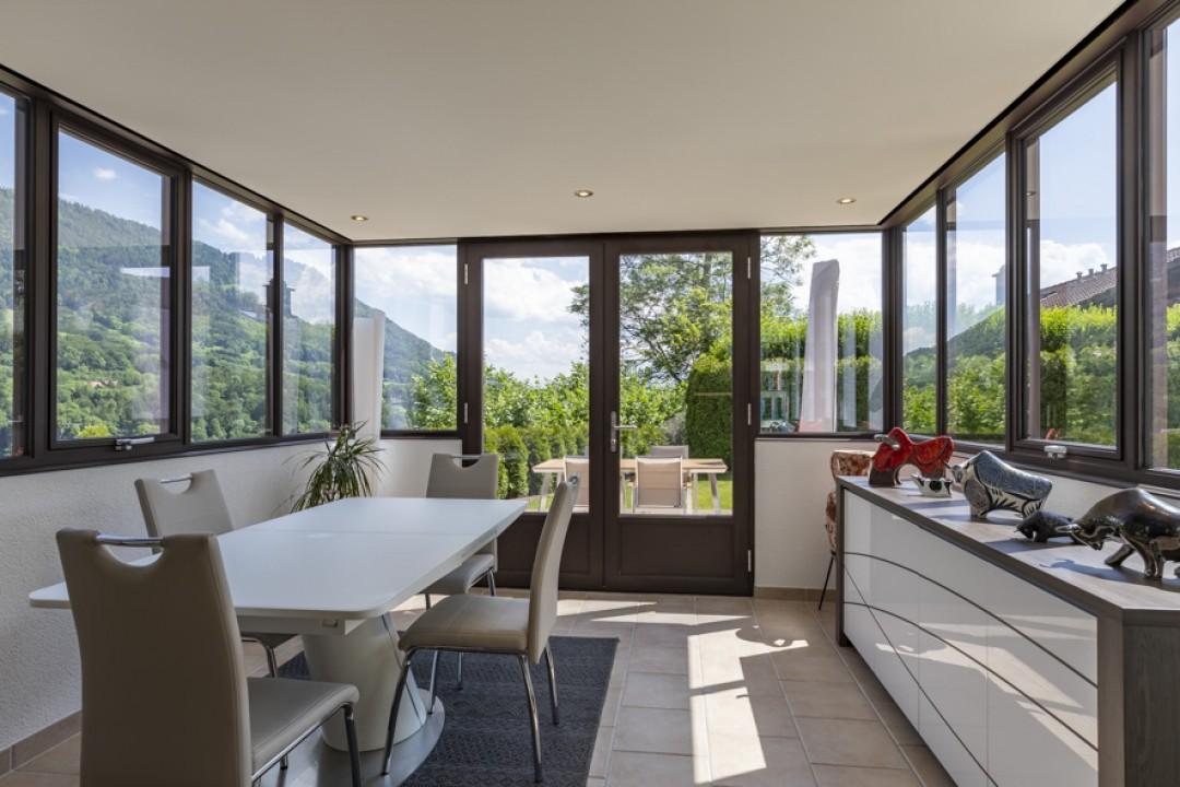 Sehr schöne Wohnung mit großer Terrasse und hübschem Garten  - 2