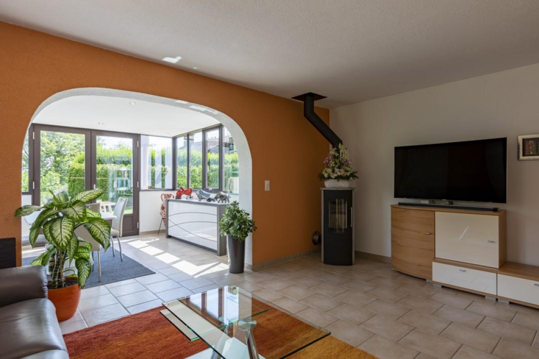 Sehr schöne Wohnung mit großer Terrasse und hübschem Garten  - 6