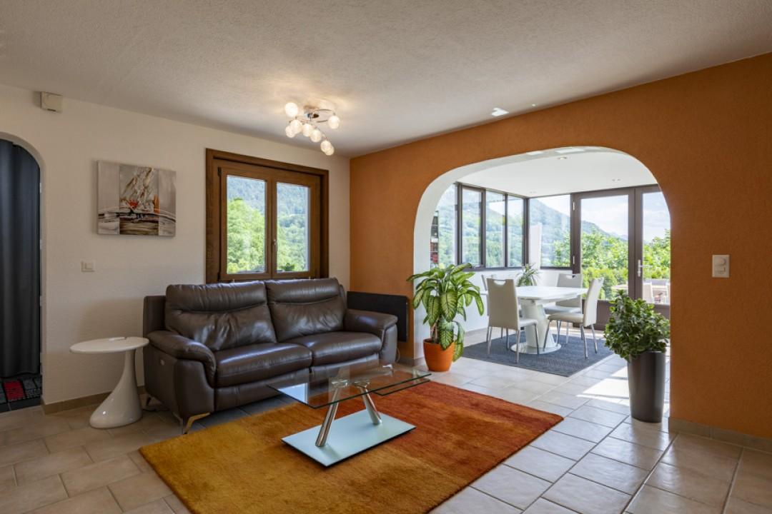 Sehr schöne Wohnung mit großer Terrasse und hübschem Garten  - 3